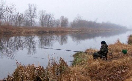 ловля карася в октябре на пруду