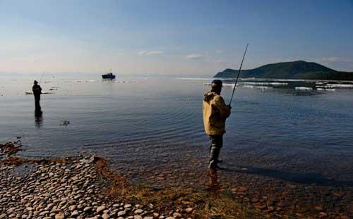 Ловля весной на Байкале омуля и хариуса