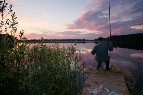 Ловля плотвы на поплавочную удочку в июне