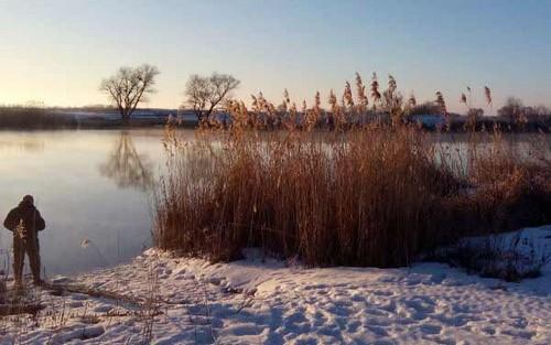Ловля спиннингом зимой на Москве-реке