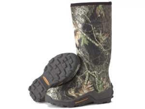 Одевайтесь в лес правильно и внимательно смотрите под ноги