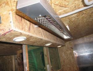 Способы устройства вентиляции и освещения в курятнике для бройлеров
