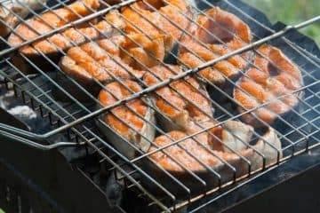 Как готовить рыбу на мангале