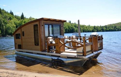 Дом на воде для отдыха и рыбалки