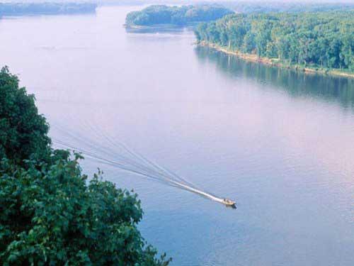 Топ самых глубоких рек мира и России