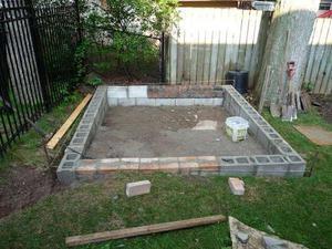 Описание способа монтажа фундамента под сарай для свиней